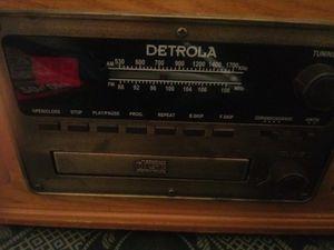 Detrola radio cd cassette records for Sale in Dallas, TX