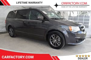 2017 Dodge Grand Caravan for Sale in Miami, FL