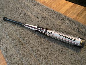"Rawlings Trio 34""31oz BBCOR baseball bat for Sale in Falls Church, VA"