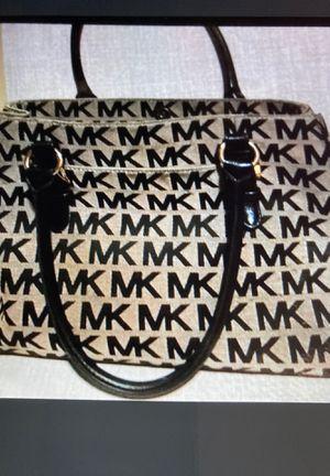 Michael Kors bag for Sale in Deerfield Beach, FL