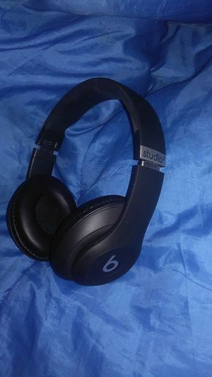 Beats by DR Dre Studio 3 wireless bluetooth headphones for Sale in NEW PRT RCHY, FL