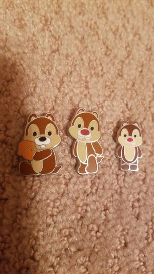 Disney 2 Pin lot Chip and Dale Holding A Nut and extra Dale pin for Sale in Lakewood, CA