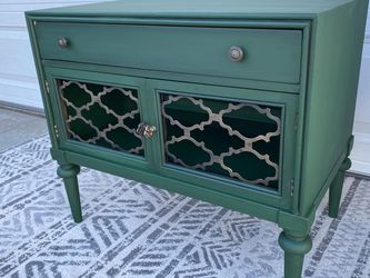 Green Night Stand for Sale in Imperial Beach,  CA