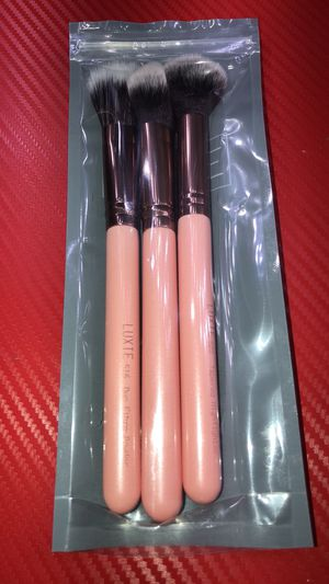 Luxie brush for Sale in Raleigh, NC