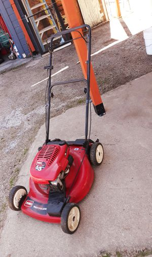 SELF PROPELLED NOT WORKS AS PUSH MOWER for Sale in Fort Worth, TX