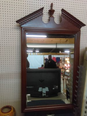 I have a nice size mirror for Sale in Charlotte, NC
