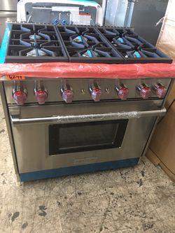 """Wolf stainless steel 36"""" gas slide in range 6 burner for Sale in Hemet,  CA"""