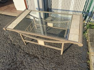 LIVING ROOM COFFEE TABLE for Sale in Fair Lawn, NJ