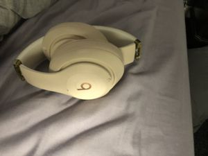 Beats By Dre Headphones for Sale in Arlington, MA