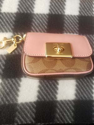 Coach Cassidy Key/Coin Pouch for Sale in Salt Lake City, UT
