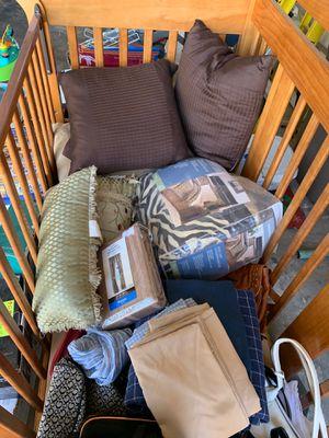 Bedding/room decor... all for $15 OBO for Sale in Buena Park, CA