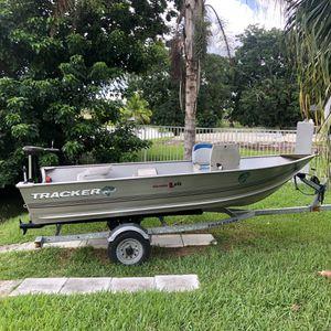 Bass Tracker 14 foot V Hull Aluminum John Boat for Sale in Cooper City, FL