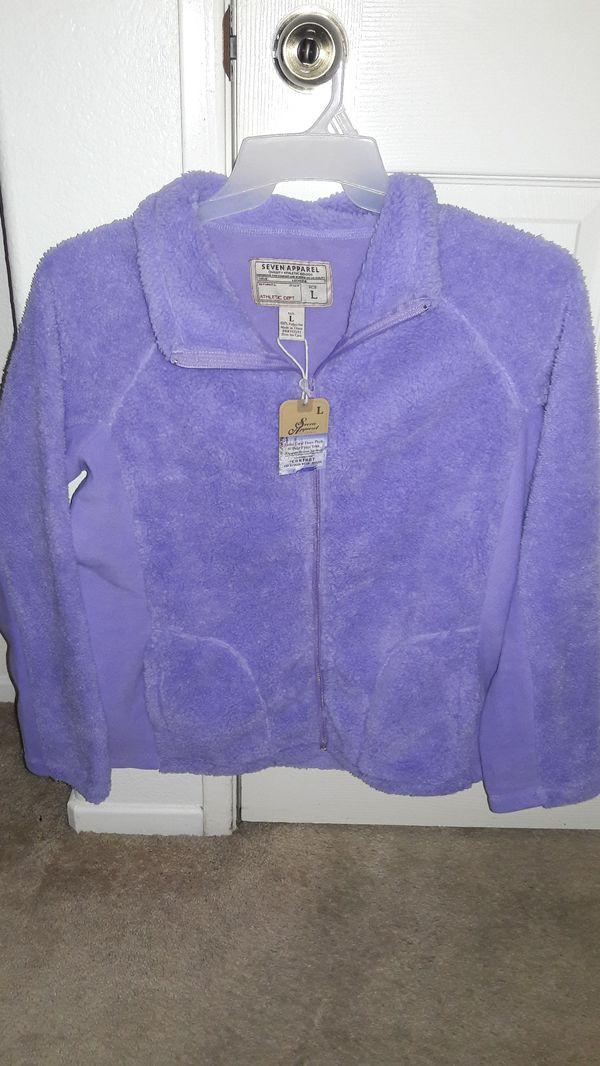 Suéter lila nuevo