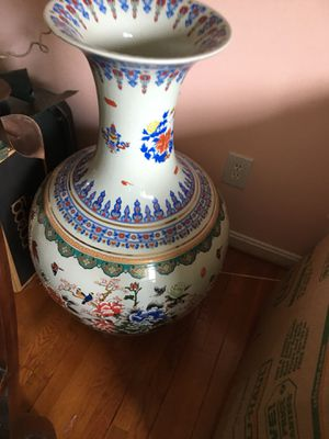 Chinese large vase for Sale in Falls Church, VA
