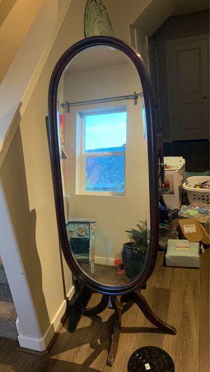Circle bedroom mirror, very Unique for Sale in Farmington, UT