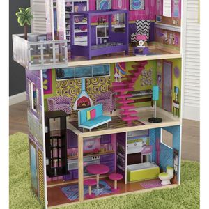 Supermodel Dollhouse by KidKraft Opened Box/NEW for Sale in Phoenix, AZ