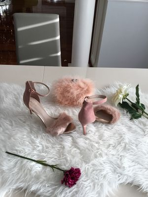 Feather Ankle Strap Open-Toe Stiletto Sandals and the Feather Clutch bag color : Nude Marabou for Sale in Hyattsville, MD