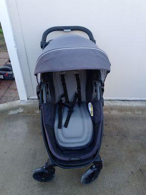 3 in 1 stroller for Sale in Dallas, TX