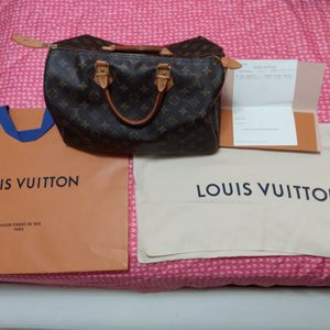 Louis Vuitton Speedy Bag 💯% Authentic for Sale in Miami Springs, FL