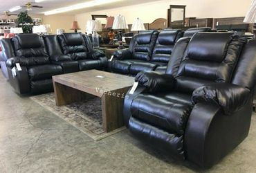 🎗39$ Down Payment🎗Vacherie Black Reclining Living Room Set for Sale in Mount Rainier,  MD