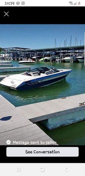 91 Classic 210 boat for Sale in San Antonio, TX