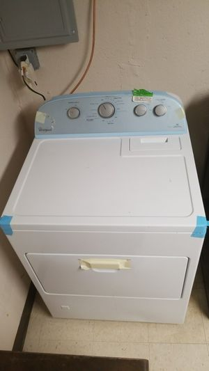 Whirlpool washer and dryer set for Sale in Detroit, MI