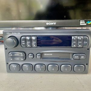Ford Truck/Car Radio F77F-19B132-BA Cassette/Tape AM/FM OEM Dash for Sale in Stanton, CA