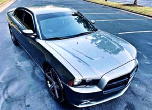 Car is very clean _2012 Charger 3.6 SXT for Sale in St. Louis, MO