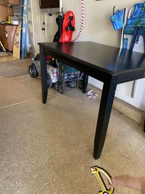 Free table for Sale in Carlsbad, CA