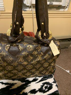 Louis Vuitton Paris for Sale in Baltimore, MD