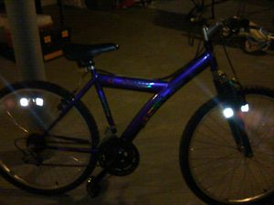 I have a really nice 18 speed 1800 Kent bike or a girl or a guy for Sale in Columbus, OH