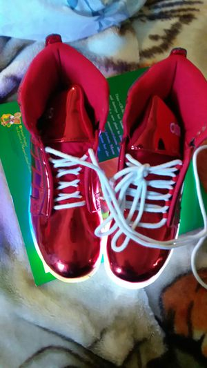 Free light up red shoes for Sale in Compton, CA