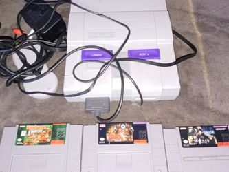 Super Nintendo With Three Epic Games One Controller And Cables for Sale in Salt Lake City,  UT