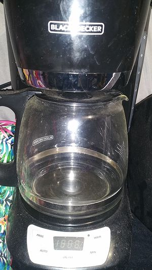 Coffee maker...black and Decker. Toaster oven...toastmaster for Sale in Lancaster, PA