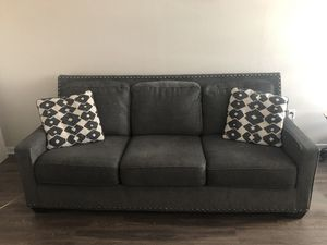 Gray sofa set (couch and loveseat) for Sale in San Jose, CA