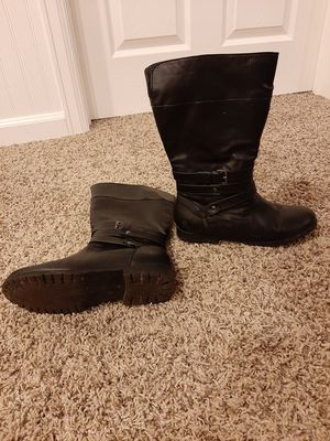 Girls zip up boots size 4 for Sale in Commerce City, CO