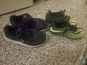 Black Nikes 2.5y ,, soccer shoes 1y..... 20 for both for Sale in Phoenix, AZ