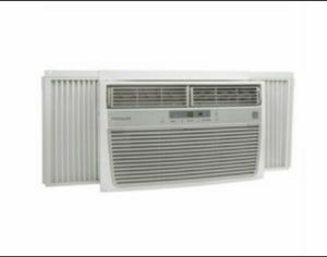 Room air conditioner FRIGIDAIRE for Sale in Glendale, CA