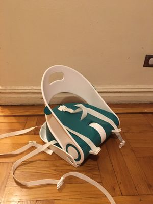 Strap on High chair for Kids for Sale in The Bronx, NY