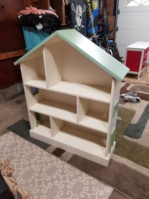 Bookshelves doll house for Sale in Hayward, CA