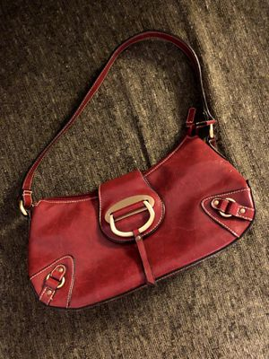 Red Leather Purse & Wallet for Sale in O'Fallon, IL