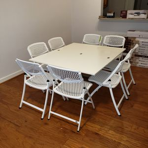 Transforming Coffee Table with 6 chairs for Sale in Rockville, MD