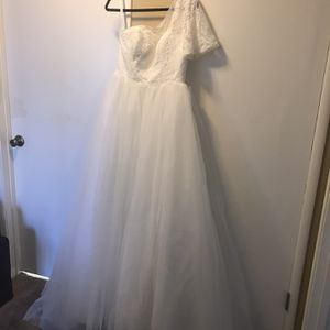 New Wedding Dress for Sale in Tracy, CA