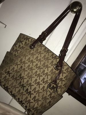 MICHEAL KORS BAG for Sale in Queens, NY