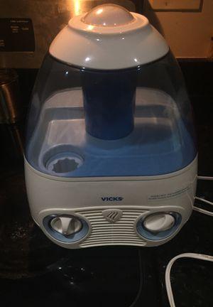 Vick's Vapor Humidifier for Sale in Washington, DC