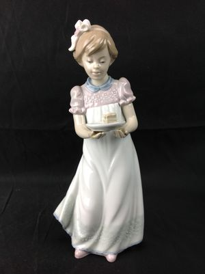 Lladro Happy Birthday Figurine #5429 w/ Box for Sale in Largo, FL