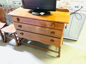 #A575 - 3 Drawer Dresser for Sale in Marion, OH