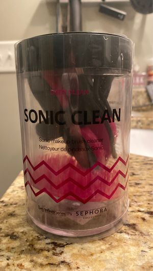 Sonic Makeup Brush Cleaner for Sale in Taunton, MA