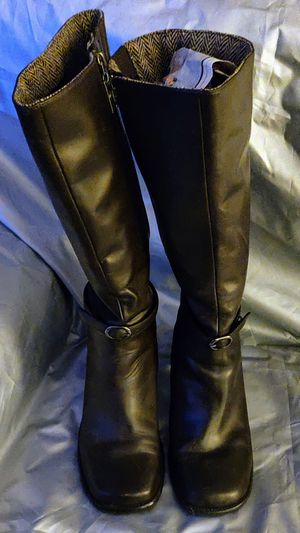 Boots-Tommy Hilfiger dark Brown Leather Tall Riding Boots 8.5 M for Sale in TN OF TONA, NY
