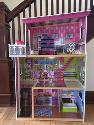 Doll House for Sale in Horicon, WI